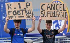 Fans protest against new soccer league